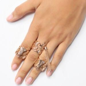 NWT Fashion Nova So classy so sassy ring